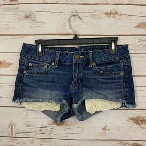 American Eagle Cut Off Lace Crochet Shorts